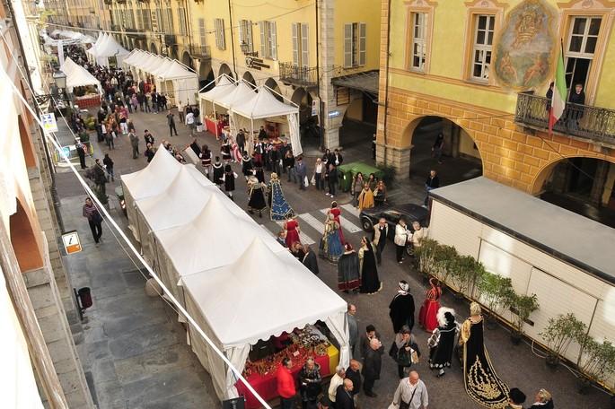 Cuneo: Nationale Maronenmesse 18-19-20 Oktober 2019