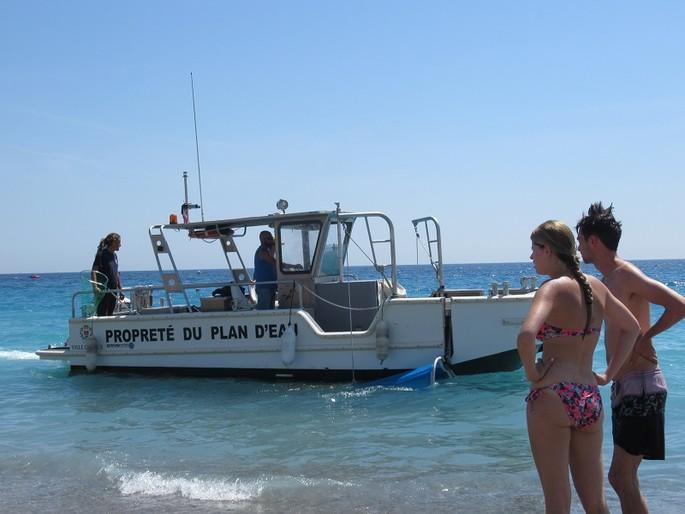 Очистка моря, пляжей и туристических зон: «Проект Ницца»