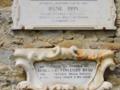 Gedenktafeln Irene Brin & Vincenzo Rossi, Kredit Pampuco