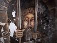 Fresco showing ancient prison, credits Frukko