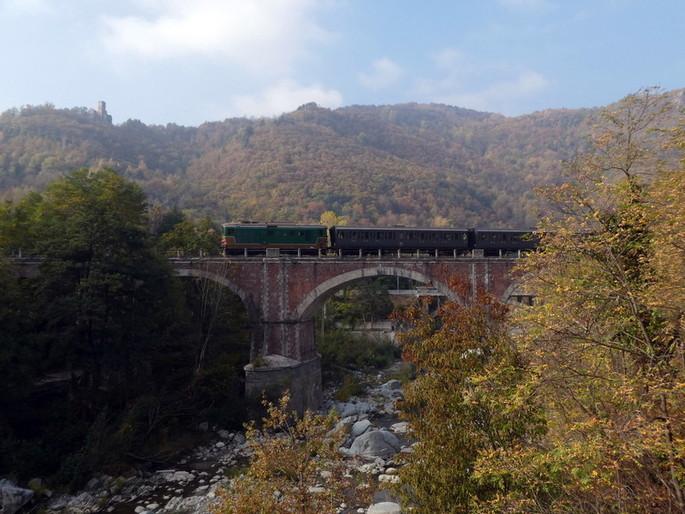 Не пропустите, 13 октября : Поезд из Турина Porta Nuova в Гарессио среди каштанов, грибов и осенних цветов