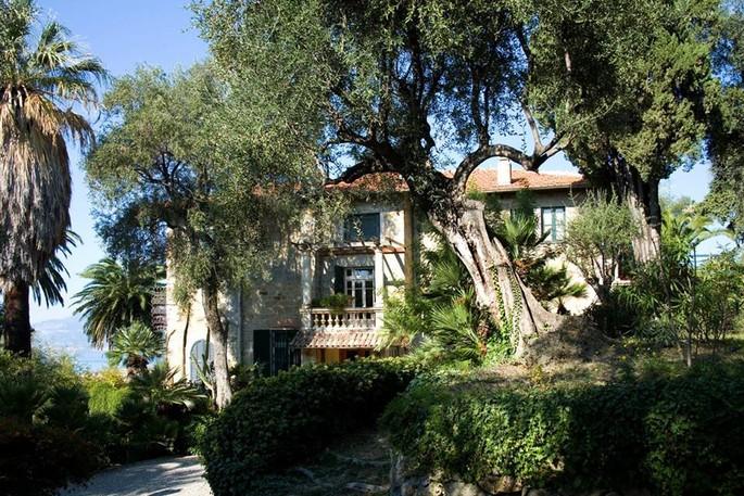 Itinerary: Pompeo Mariani's Villa in Bordighera