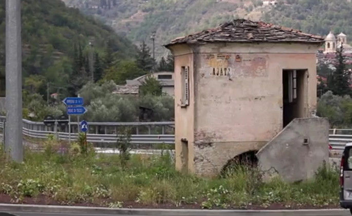 A fascinating find on the way to Pieve di Teco