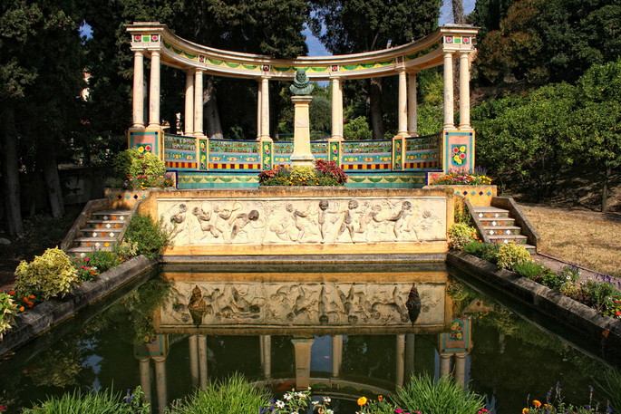 Fontana Rosa in Menton: a Valencia-style garden dedicated to the great masters of literature