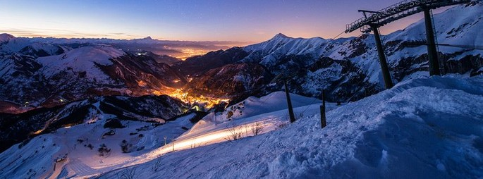 Enjoy skiing at Riserva Bianca and get there easily by train!