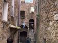 Medieval street, credits Frukko