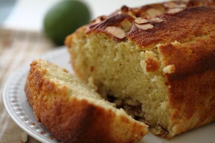 Recipe of the week: sweet mountain potatoes and almonds cake